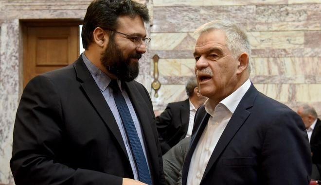 Ο αναπληρωτής υπουργός Προστασίας του Πολίτη Νίκος Τόσκας και ο υφυπουργός Γιώργος Βασιλειάδης