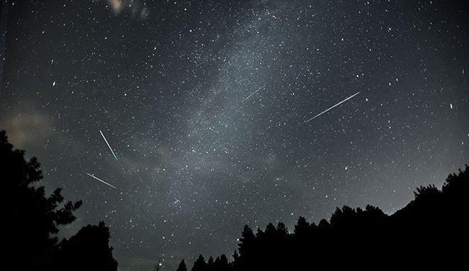 'Αύγουστος μέσα στο φθινόπωρο': Εσύ τι εύχεσαι όταν βλέπεις ένα αστέρι να πέφτει;
