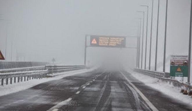 Σφοδρή επιδείνωση του καιρού. Χιόνια και στην Αττική