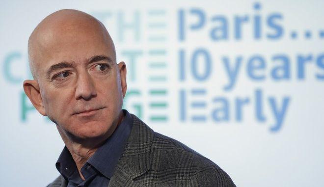Ο διευθύνων σύμβουλος της Amazon Τζεφ Μπέζος