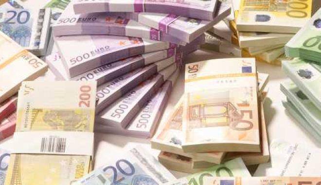 Χριστουγεννιάτικος μποναμάς 49 εκατ. € στους δήμους