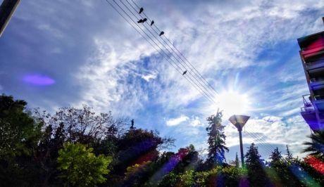 Ήλιος στον ουρανό της Αθήνας