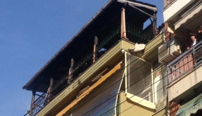 Σταθερή η κατάσταση του ενός τραυματία από την φωτιά σε διαμέρισμα στο Κορδελιό