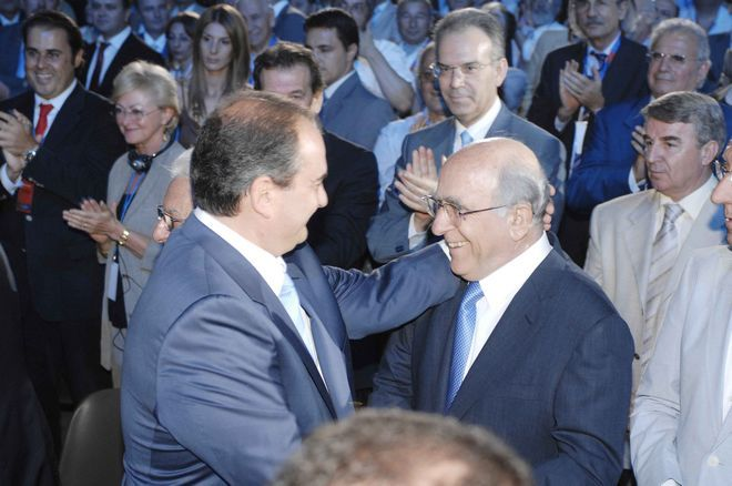 Ο Κώστας Καραμανλής και ο Γιώργος Σουφλιάς στο 7ο συνέδριο της Νέας Δημοκρατίας