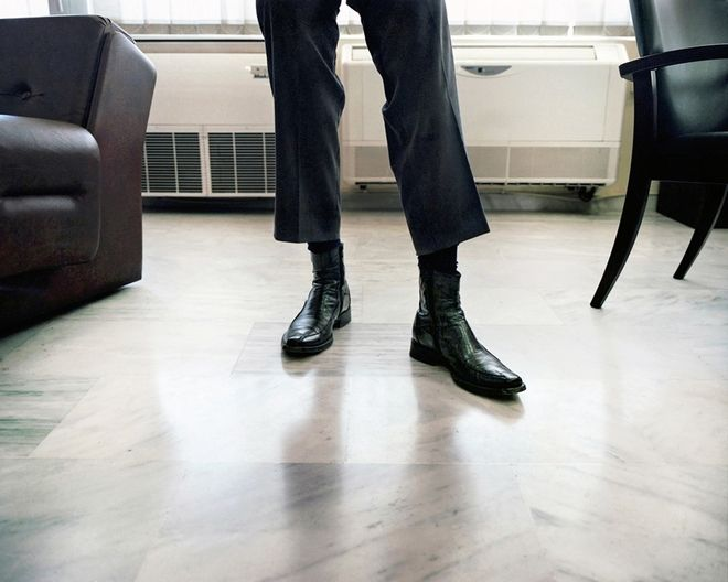 Tax man's shoes,Central Tax Office