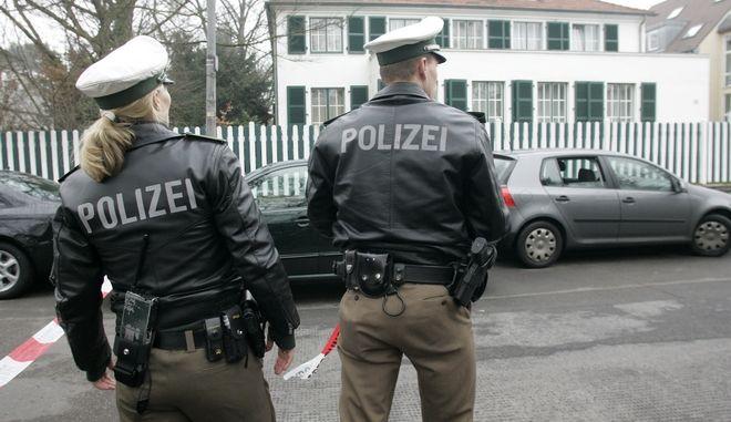 Αστυνομικοί στο Koelnab