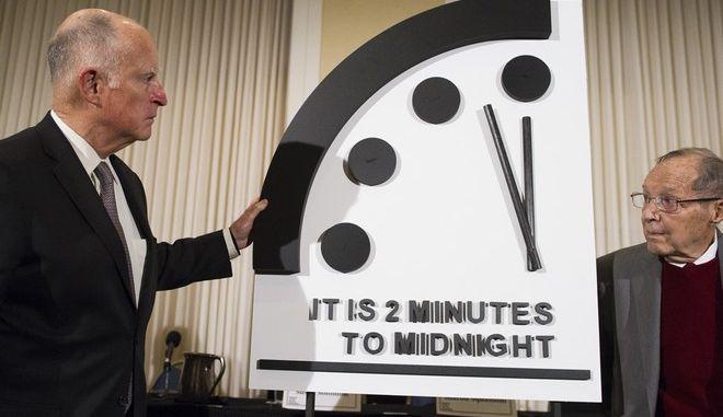Το Ρολόι της Αποκάλυψης κατά την συνέντευξη Τύπου που δόθηκε για το 2019