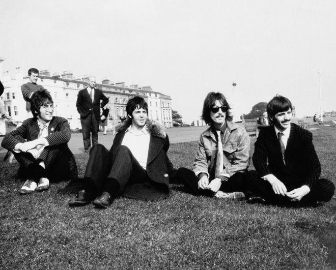 John Lennon, Paul McCartney, George Harrison και Ringo Starr. 1968
