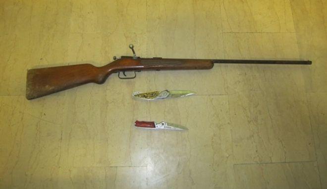 Χειροπέδες σε 53χρονο στην Κομοτηνή για παράνομη κατοχή όπλων