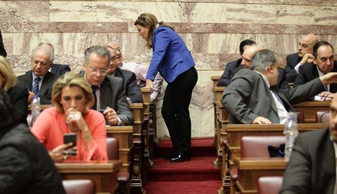 Συνεδρίαση της Κοινοβουλευτικής Ομάδας της Ν.Δ.την Τετάρτη 16 Μαρτίου 2017, στην αίθουσα Γερουσίας της Βουλής, με θέμα συζήτησης τις τρέχουσες πολιτικές εξελίξεις. (EUROKINISSI/ΓΙΑΝΝΗΣ ΠΑΝΑΓΟΠΟΥΛΟΣ)