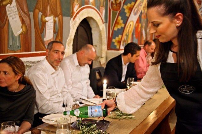 Εκεί που η κρητική παράδοση συναντά την αξία της μοναστηριακής κουζίνας