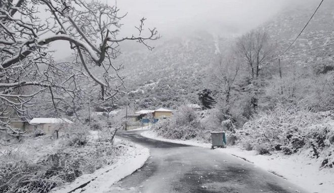 Η ''Ζηνοβία''  έφερε χιόνια στο Κεφαλόβρυσο
