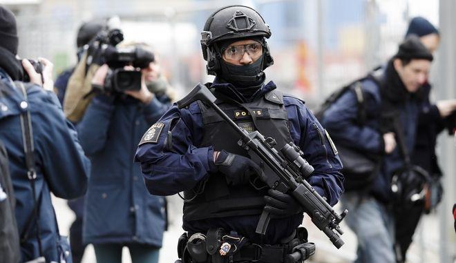φωτογραφία αρχείου από αστυνομικό των σουηδικών ειδικών δυνάμεων