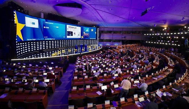 Βρυξέλλες: Λίγο πριν κλείσουν οι κάλπες ανά την Ευρώπη