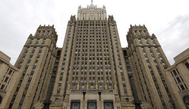 Ο Αμερικανός πρέσβης στην Μόσχα εκλήθη στο ρωσικό υπουργείο Εξωτερικών