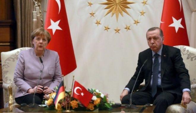 Οι Γερμανοί κλείνουν τις στρόφιγγες προς την Τουρκία