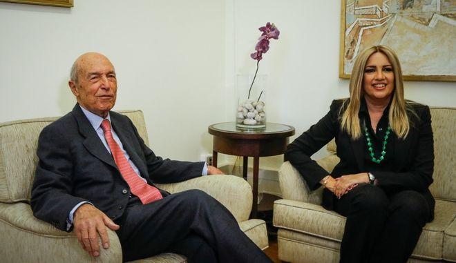 Συνάντηση της Προέδρου του Κινήματος Αλλαγής Φώφης Γεννηματά με τον πρώην πρωθυπουργό Κώστα Σημίτη