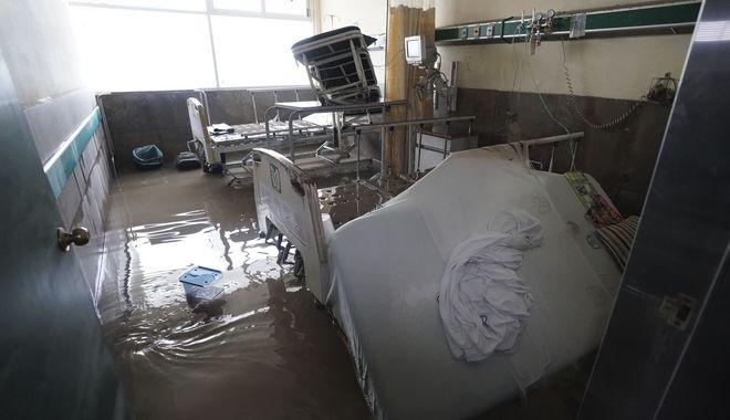 Εικόνες από πλημμυρισμένο νοσοκομείο στο Μεξικό.