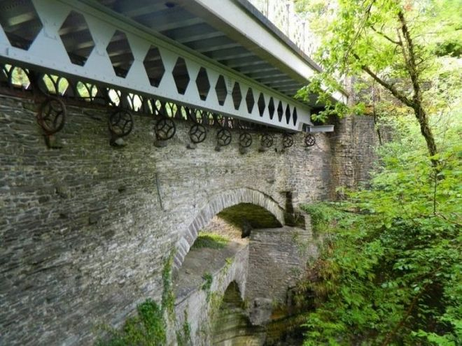 Μηχανή του Χρόνου: Η 'γέφυρα του διαβόλου' που χτιζόταν αιώνες μέχρι να πάρει την τελική της μορφή