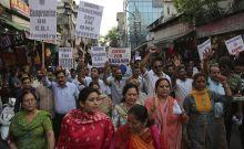 Ινδία: Πατέρας βίαζε επί 18 ώρες την κόρη του μαζί με φίλους του