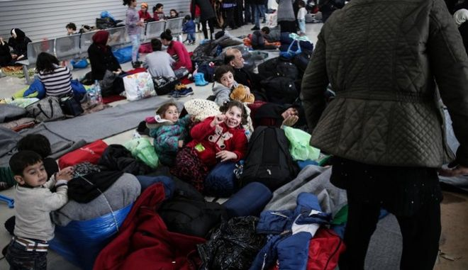 Refugees and migrants are stranded at the port of Piraeus, in Piraeus, on Feb. 29, 2016 /        ,  ,  29 , 2016