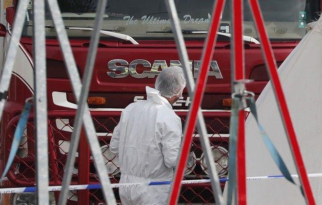 Φρίκη στο Έσσεξ, 39 πτώματα βρέθηκαν σε φορτηγό
