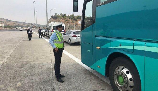 Ειδική εξόρμηση για ελέγχους σε λεωφορεία από την Τροχαία