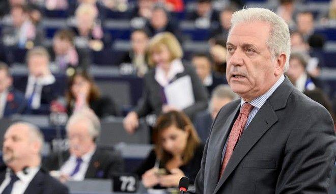 Αβραμόπουλος για προσφυγική κρίση: Δεν υπάρχει ακόμα ένα 'ενιαίο ευρωπαϊκό πνεύμα συνεργασίας'