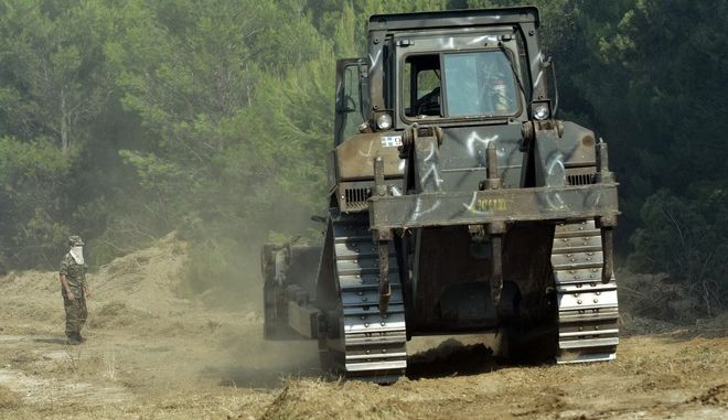 Φωτό αρχείου:  Ερπυστριοφόρο όχημα του ΓΕΣ