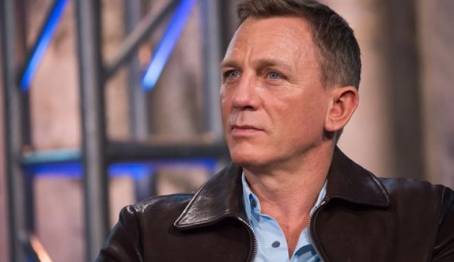 """Daniel Craig participates in AOL's BUILD Speakers Series to discuss the new James Bond film """"Spectre"""", at AOL Studios on Thursday, Nov. 5, 2015, in New York. (Photo by Charles Sykes/Invision/AP)"""