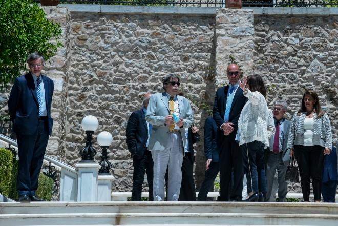 Πριν από λίγες ημέρες τα μέλη της Επιτροπής Εμπειρογνωμόνων είχαν συνάντηση και με την Πρόεδρο της Δημοκρατίας, Κατερίνα Σακελλαροπούλου.