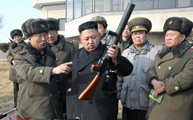 Κιμ Γιόνγκ Ουν: Σε πλήρη ετοιμότητα για ανά πάσα στιγμή χρήση των πυρηνικών όπλων