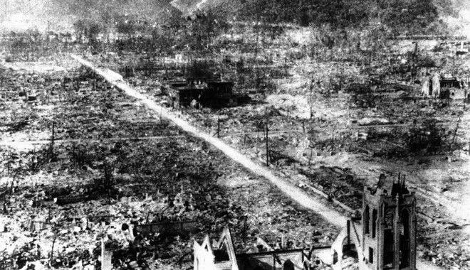 Ερείπια στην Χιροσίμα μετά την βόμβα