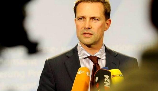 Ζάιμπερτ: Καμία 'έκπτωση' στη συμφωνία με την Άγκυρα για βίζα
