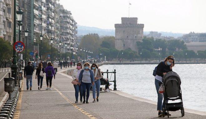 Κορονοϊός: Μεγάλη αύξηση της διασποράς στη Θεσσαλονίκη - Αγγίζει τα επίπεδα Νοεμβρίου