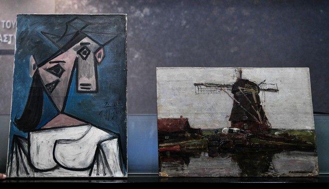 Οι πίνακες του Πικάσο και του Μοντριάν κατά την συνέντευξη Τύπου της ΕΛΑΣ