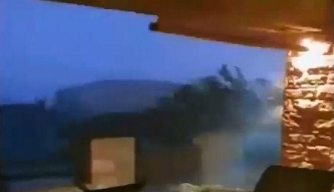 Σοκαριστικό βίντεο καταγράφει το μέγεθος της θεομηνίας στη Χαλκιδική