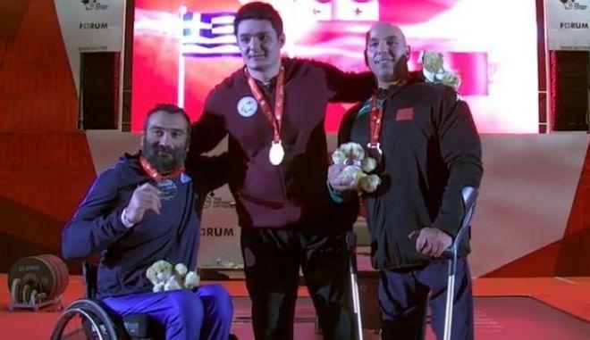 Άρση βαρών σε πάγκο: Ασημένιο μετάλλιο ο Μωϋσιάδης στο Μάντσεστερ