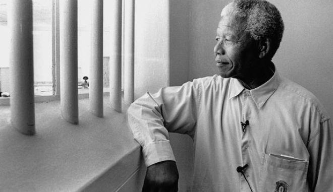 """Δεσμοφύλακας Μαντέλα: """"Ήταν σαν πατέρας για μένα"""""""