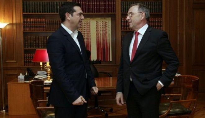 Μπόργιανς: Ο Tσίπρας θέλει πραγματικά να καταπολεμήσει τη φοροδιαφυγή