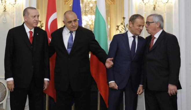 Turkish President Recep Tayyip Erdogan, Bulgarian Prime Minister Boyko Borissov, European Council President Donald Tusk and European Commission President Jean-Claude Juncker prepare for a photo, prior to a meeting at the EU Turkey summit, in Varna, Bulgaria.