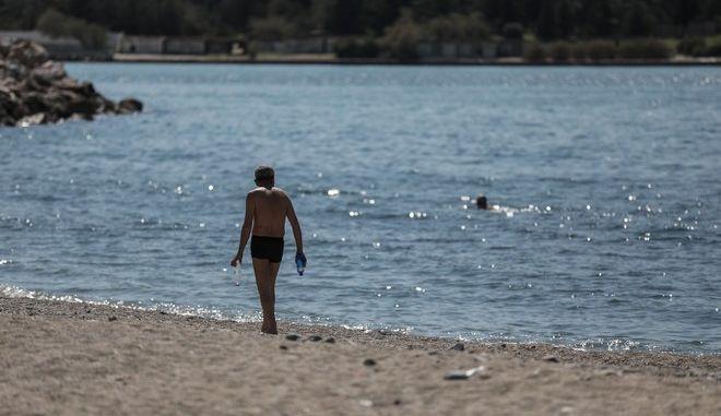 Στιγμιότυπο από παραλία της Γλυφάδας