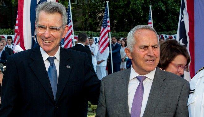 Αμερικάνικη πρεσβεία: Ο Τζέφρι Πάιατ και ο Ευάγγελος Αποστολάκης