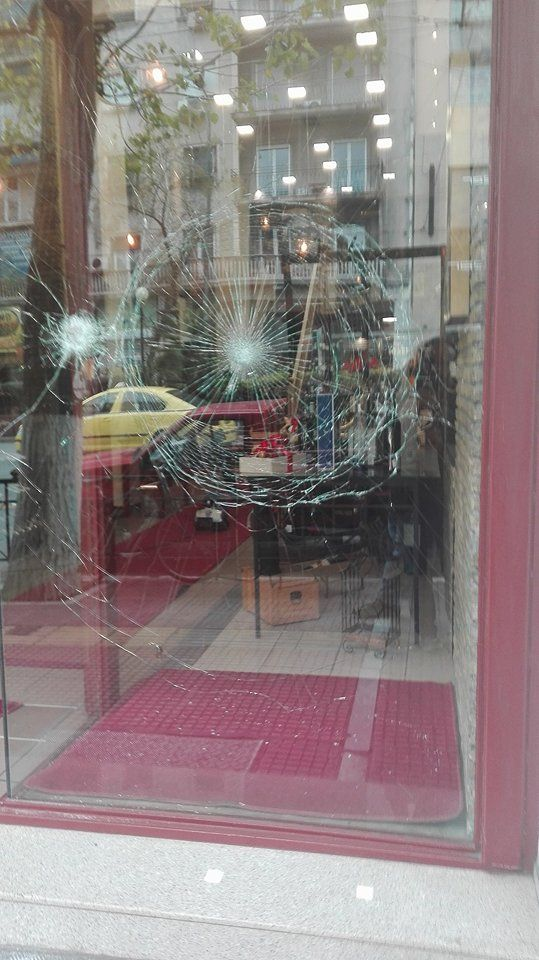 Βίντεο: Η στιγμή της επιδρομής στην Πατησίων