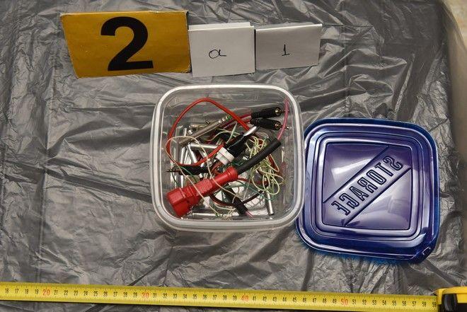 Κουκάκι: Αυτά είναι τα όπλα και τα εκρηκτικά που βρήκε και κατέσχεσε η Αντιτρομοκρατική