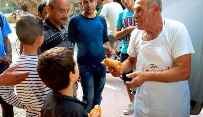 Πέθανε ο ήρωας φούρναρης της Κω, Δ. Αρβανιτάκης, που τιμήθηκε από την Κομισιόν