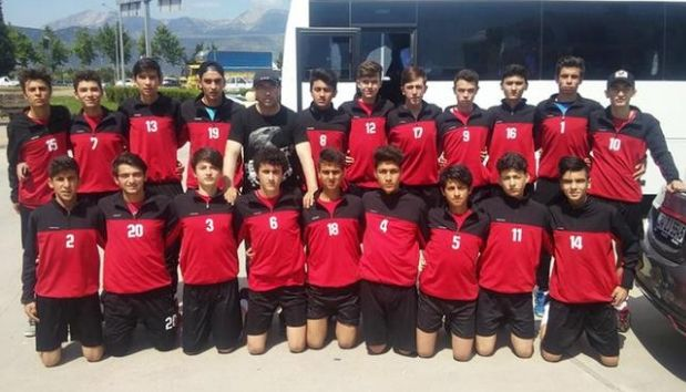 Τουρκική ομάδα ποδοσφαίρου πούλησε 18 παίχτες για να πάρει 10 γίδες