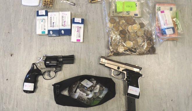 Συλλήψεις για διακίνηση ναρκωτικών στην Αγία Βαρβάρα