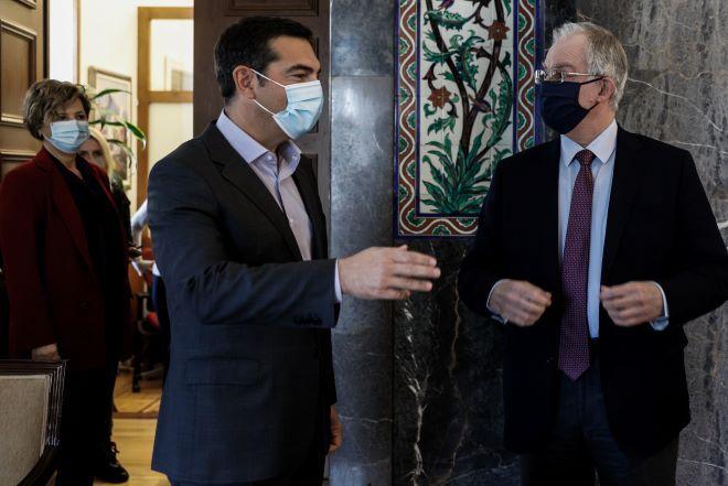 ΣΥΡΙΖΑ: Εξαντλείται η υπομονή για την επιστολική ψήφο στις ονομαστικές
