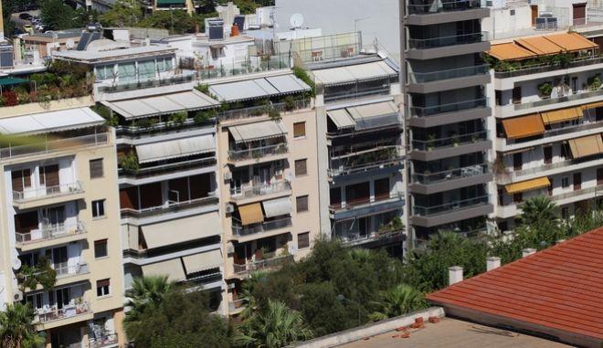 Πολυκατοικίες στην Αθήνα - φωτό αρχείου